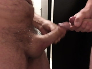 Anonymous washroom frot cumshot